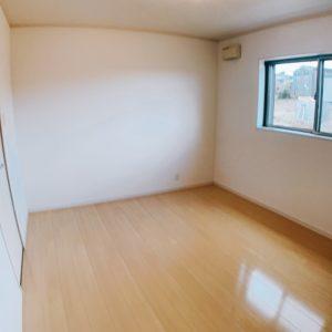 ◆各居室には大きな窓がありますよ♪