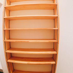 ◆シューズクローク内の棚はお洒落なパイン材で仕上げてます♬