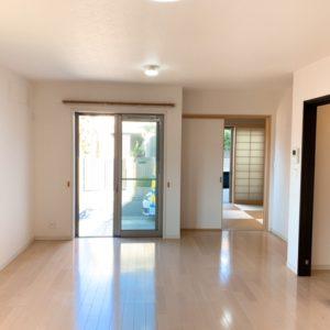 ◆リビングの奥には4.5帖の和室も有り続きで約20帖の空間に♪