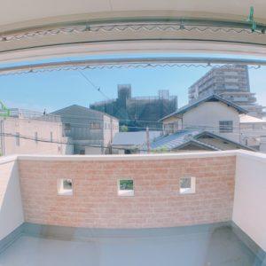 ◆バルコニーはとっても広く半分は天井付きのインナーバルコニーです♬