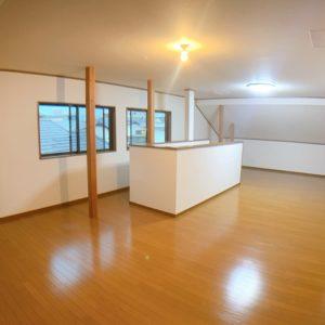 ◆約26帖の3階スペース♫収納としてはもちろんお子様の遊び場にもなりますね♪