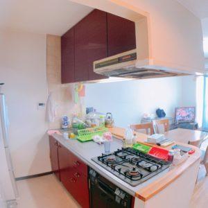 □ママからは全てが見渡せる対面オープンスタイルのキッチンです。全てがバレバレです♪
