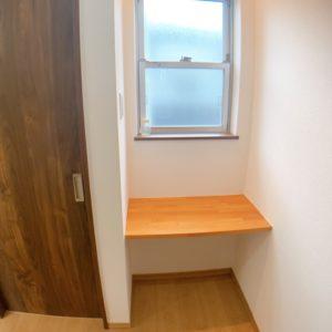 ★2階の廊下には素敵なカウンターが♪