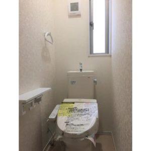 ★ピカピカのトイレ♪もちろんシャワー付きです♪(写真はイメージです)