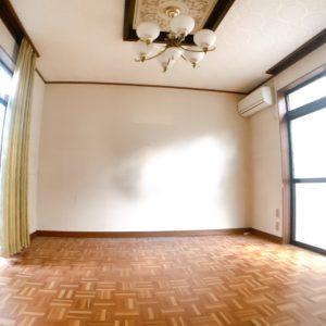 ◆8帖の応接間です♪ここも窓が広くて開放感があります!