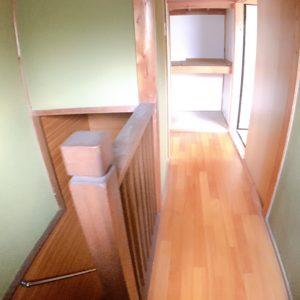 ◆階段・廊下も明るく開放感あります♪角地の恩恵ですよね♪