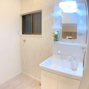 ◆クロスに注目!!洗面台ももちろん新品!!