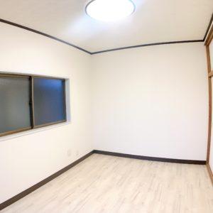 ◆2階洋室も新築同様です!床の色が明るいので全体明るく感じます!
