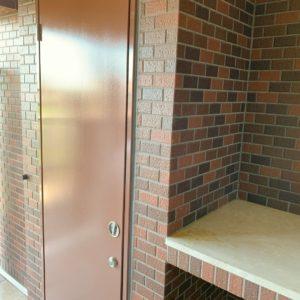 ★トランクルームや花台まで有ります。。(照明付き)レンガの外壁が効いてますね(*'▽')