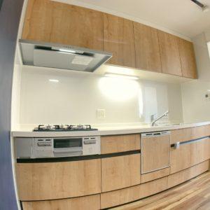 ★新品のキッチンはこちら(*'▽')食洗器もついてます♫