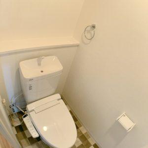 ★トイレも新調長く綺麗が保てるアクアクリーンです。。
