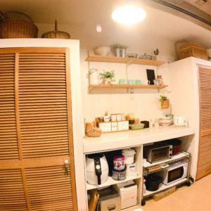◆キッチン背面のレンジ台&収納となります。