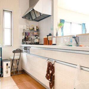 ◆清潔感漂う白色のキッチンはお料理ルンルン♪お手入れ楽々♪