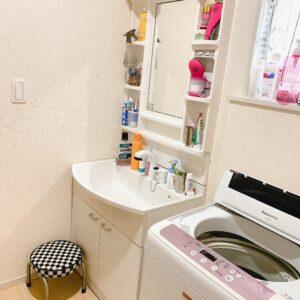 ◆明るく清潔感のある白ベースの洗面所は朝のバタバタも落ち着かせてくれそう♪