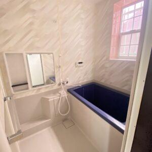 ◆お風呂も明るくてとてもきれい♪なんかピンクっぽい自然光で可愛く見えてます♪