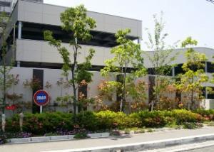 ◆大きな車も楽々駐車できる自走式駐車場です。